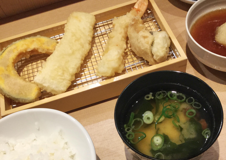 【#広島グルメ】テレビで話題になった「てんぷら すえ廣」!揚げたてアツアツの天ぷらがランチだと1,000円で食べれちゃう♡_2