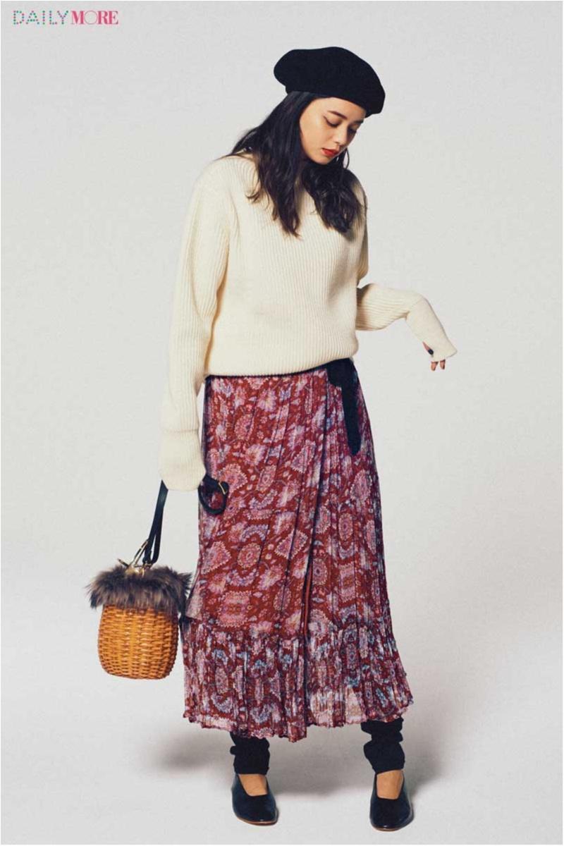 【今日のコーデ/岸本セシル】家族や親戚に新年の挨拶。エアリーな柄スカートでほんのりフェミニンが素敵!_1