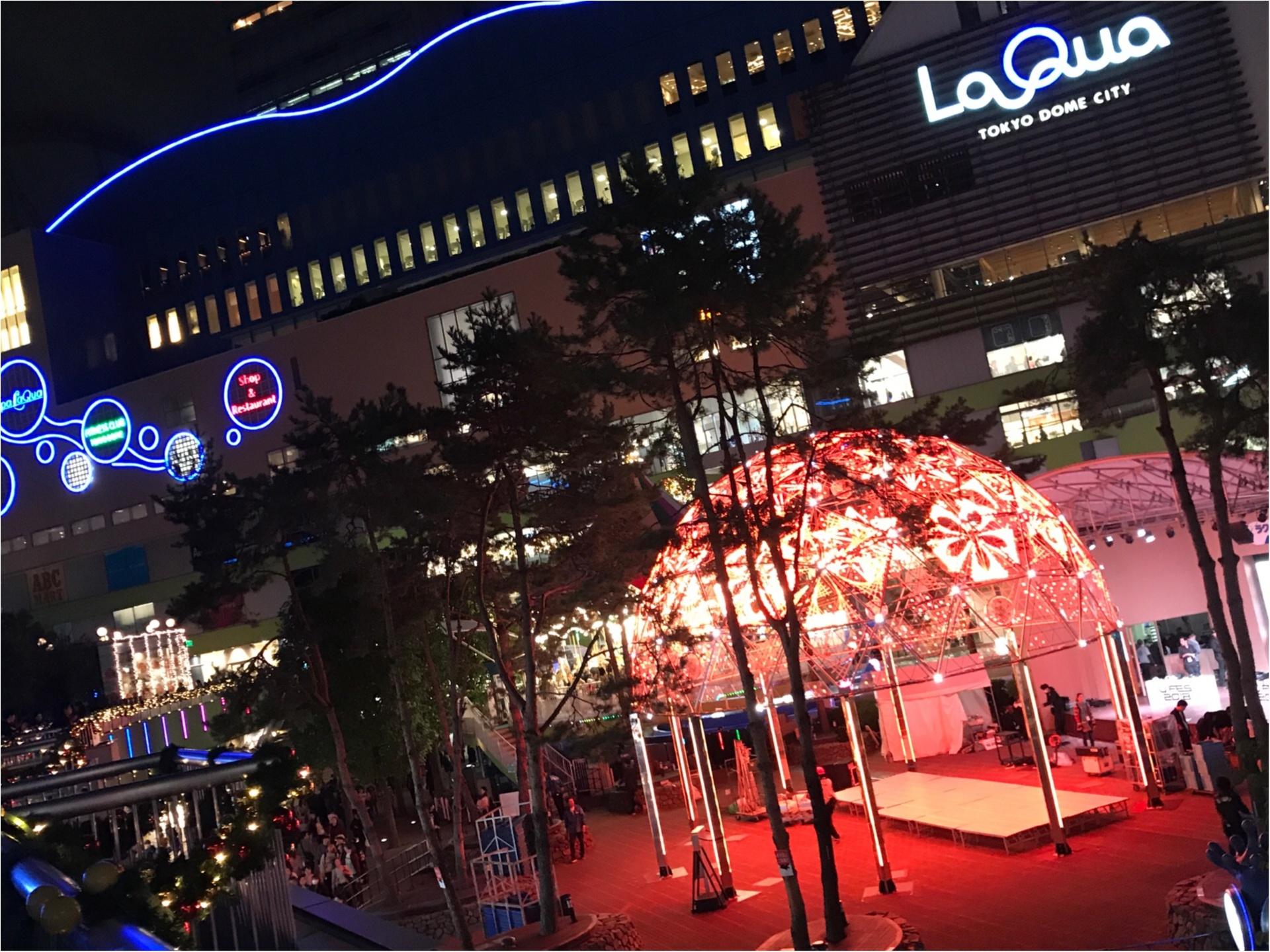 スタバ初!のイルミネーション★クリスマスケーキ風のライトアップが可愛すぎる♡_1