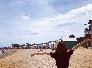 <女子旅*オーストラリア>メルボルンの夏の最強フォトスポットはココ!ビーチに並ぶカラフルな小屋とは?!
