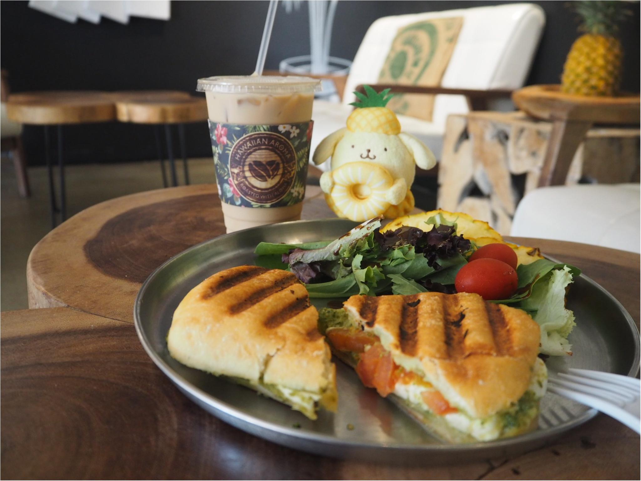 《今、ワイキキで一番オシャレでフォトジェニックなカフェ!》ハワイアン・アロマカフェでまったりブランチ♡♡(&旅行で役に立つプチ英語教室)_1