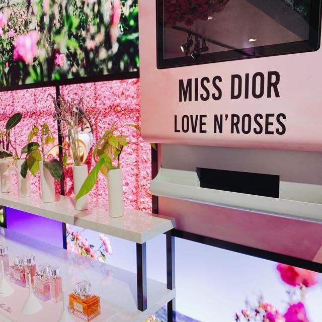 表参道「MISS DIOR LOVE N'ROSES ミス ディオール展覧会」♡_2
