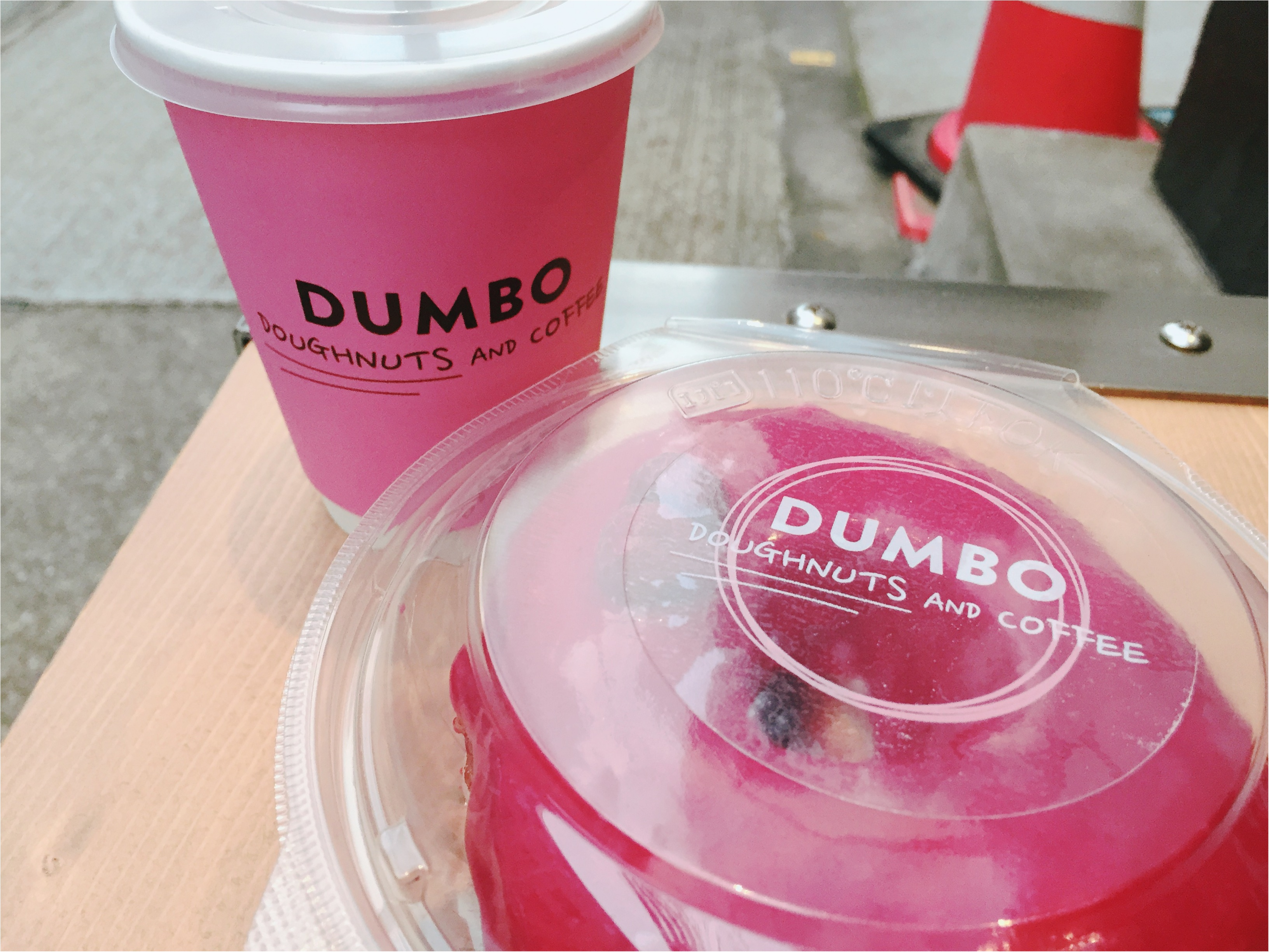 ピンクが可愛すぎる♡NYスタイルのおしゃれドーナツカフェ♡*_4