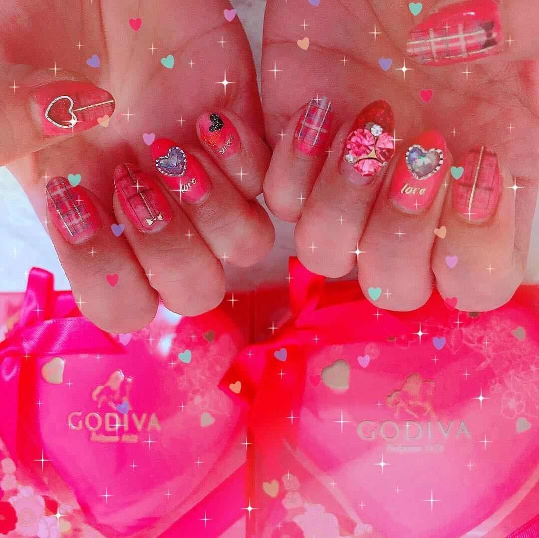 Valentine❤︎Nail〜*いよいよもうすぐ本番☆ネイルもバレンタインに!!_1