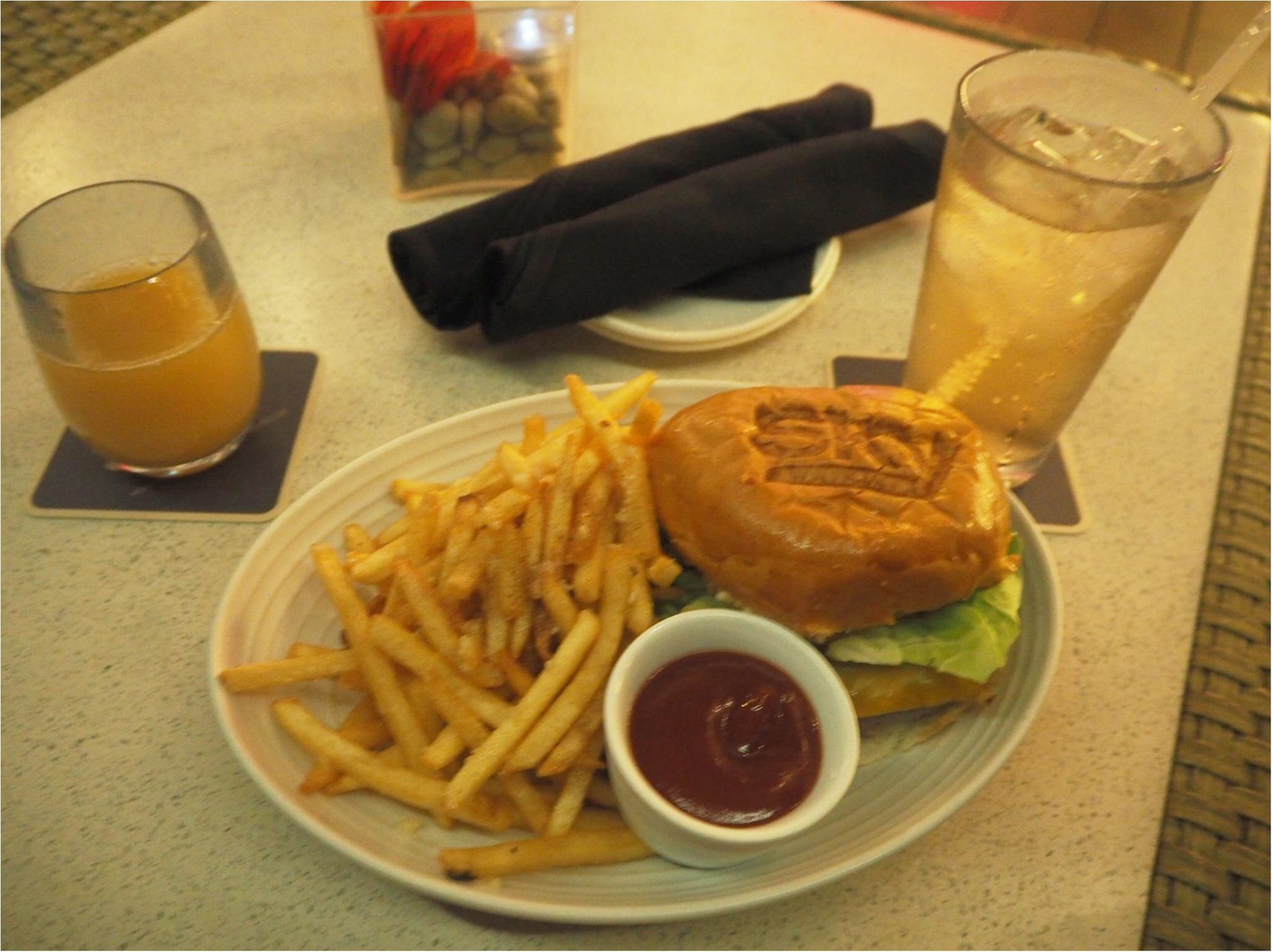 開放感あふれるテラスが魅力♡バーレストラン【SKY Waikiki】でディナー!毎週金曜のヒルトンの花火は見られるの?お答えします‼︎_5
