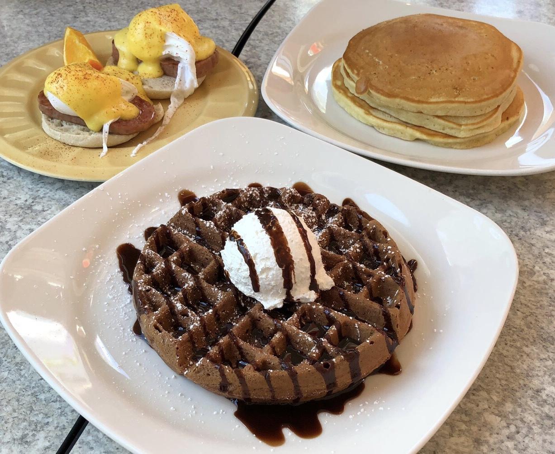 【グアム旅#2】とろふわっ食感♡the Kracked Eggで幸せ度120%の朝食を♩_3