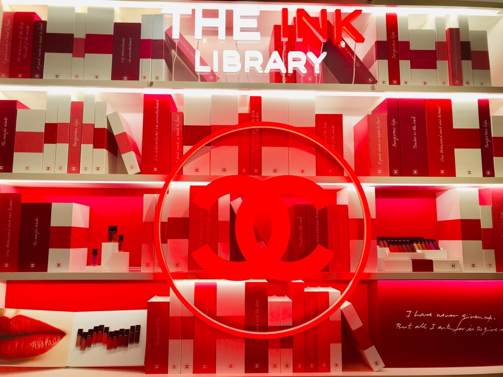 Chanel まるで図書館 The Ink Library で新作リップをお試し