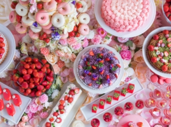 『ヒルトン大阪』の「ストロベリーデザートビュッフェ ~お花の世界にかこまれて~」が超絶可愛い件♡ 【 #いちご 2】