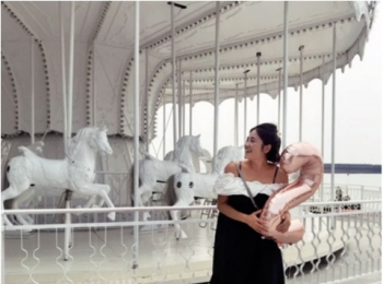 真っ白なメリーゴーランドがかわいい! いま人気のインスタ映えスポット♪ 【 #TOKYOPANDAのオススメ台湾情報 】