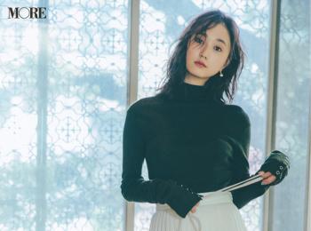 【今日のコーデ】<鈴木友菜>記念日デートはリブニットにプリーツスカートの直球フェミニンがいい♡