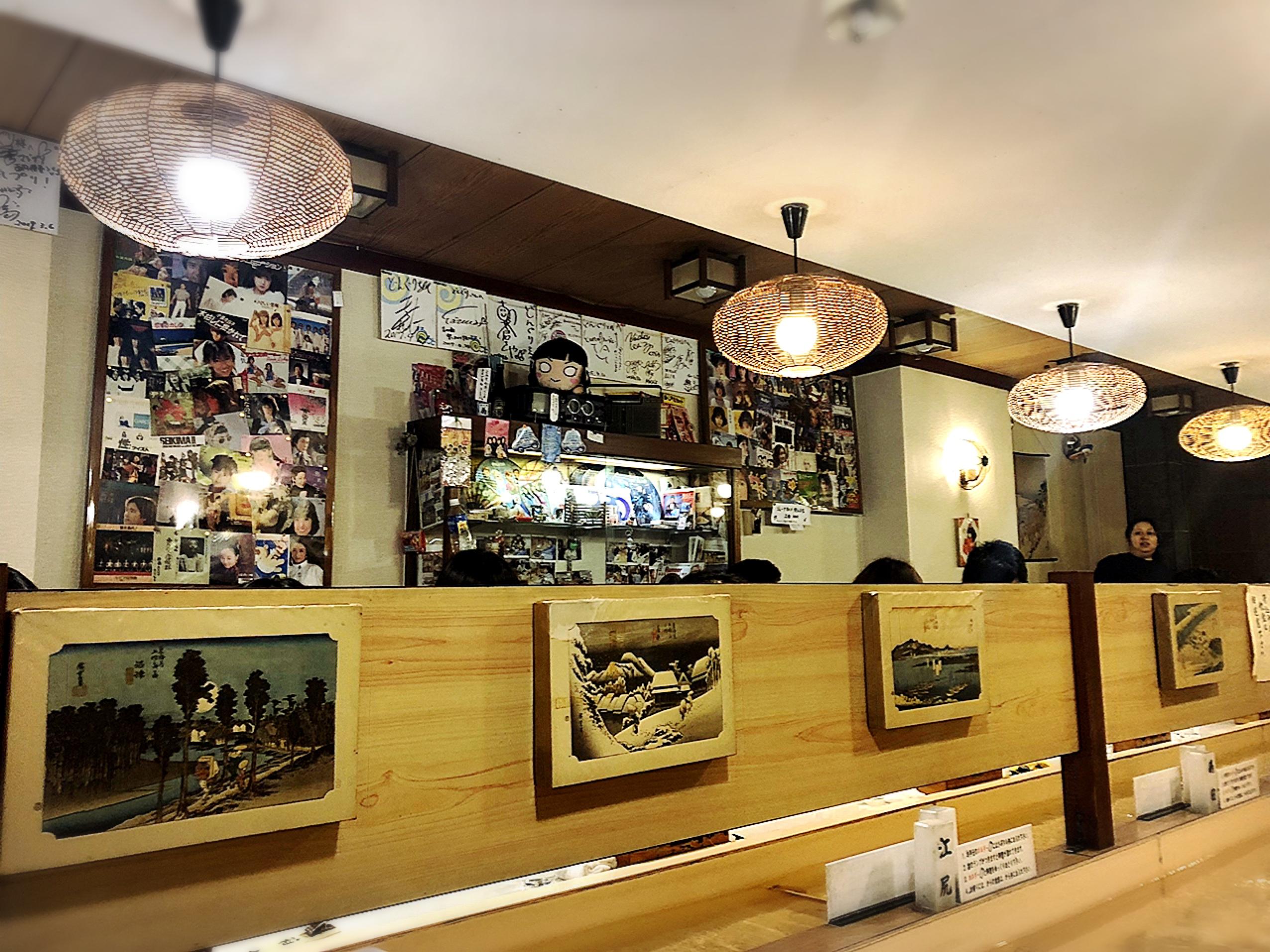 【静岡・沼津】店内に川…⁉︎デザートやドリンクが浮かんで流れる❁流れる喫茶店《どんぐり》_4
