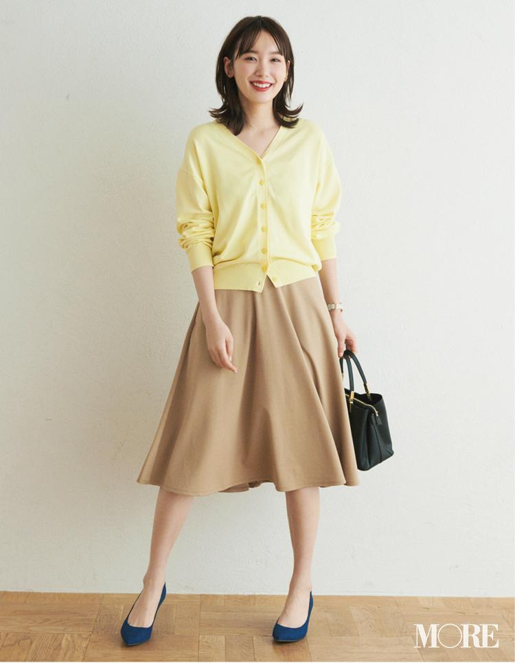 ベージュコーデ特集(20代後半女子向け)- 春におすすめのワンピースやスカート、靴などのコーディネートまとめ_35