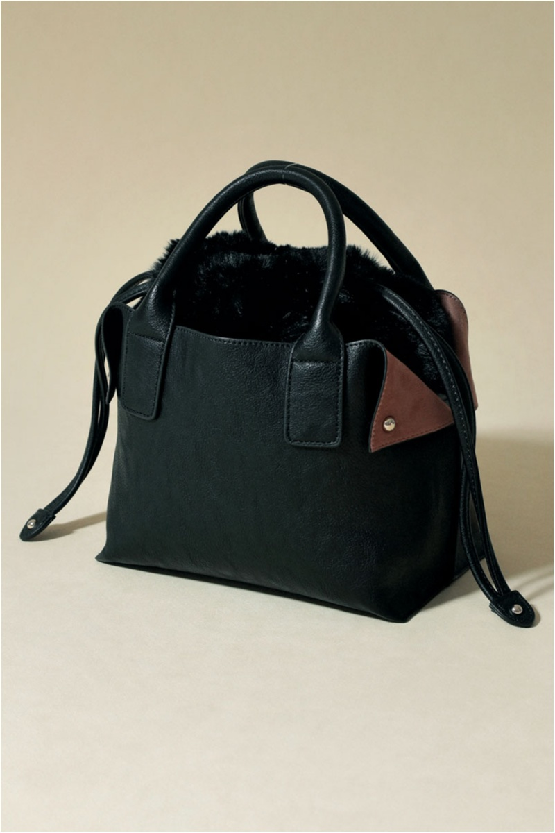 お仕事ガールのバッグは「可愛い・使える・毎日持てる」6