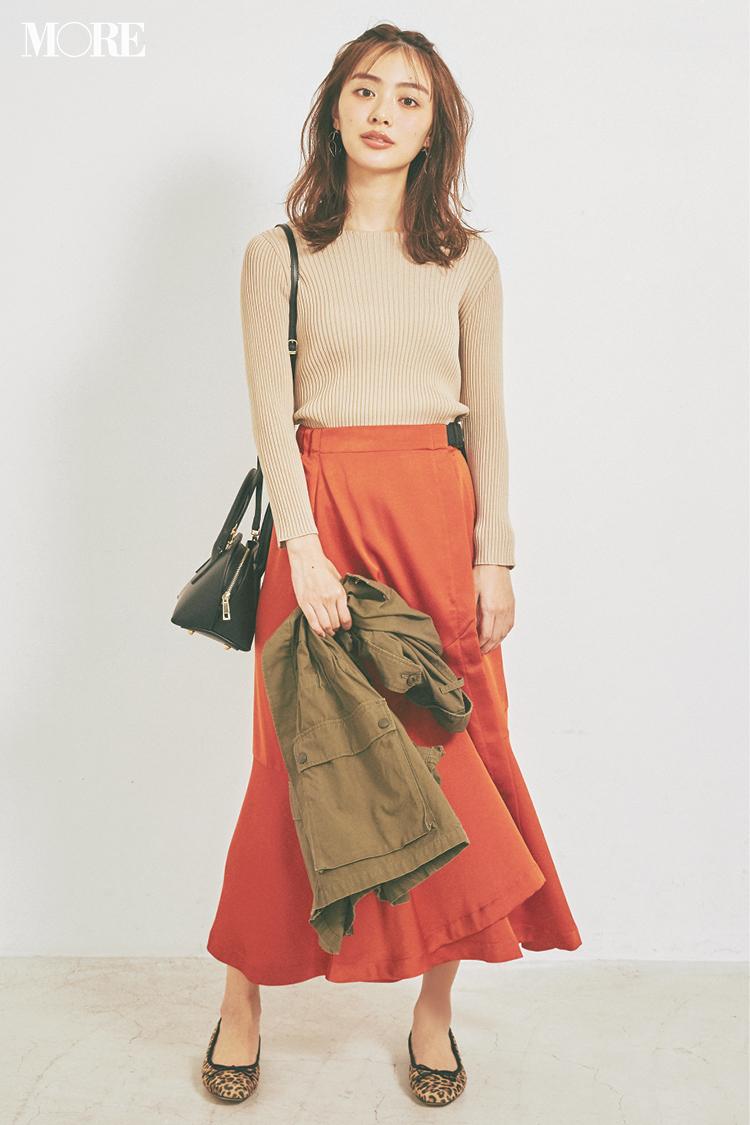 ベージュコーデ特集(20代後半女子向け)- 春におすすめのワンピースやスカート、靴などのコーディネートまとめ_21