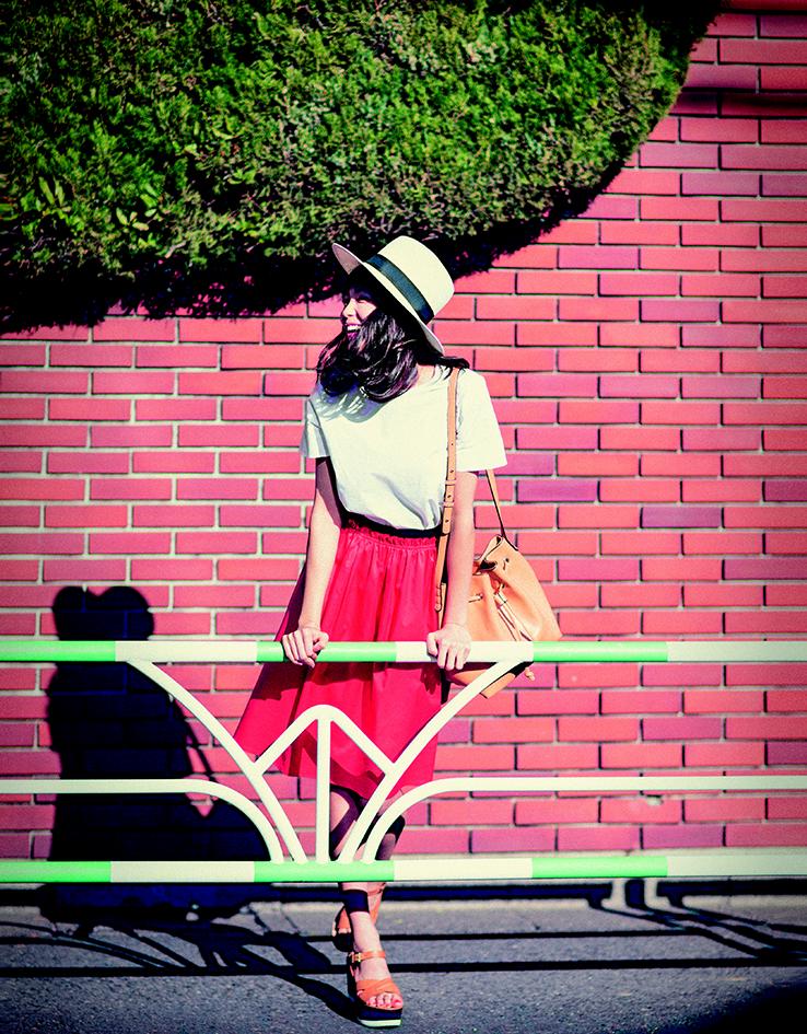 【今日のコーデ】気持ちのいい土曜日は、白ときれい色の鉄板カラーでお散歩デートを♥_1