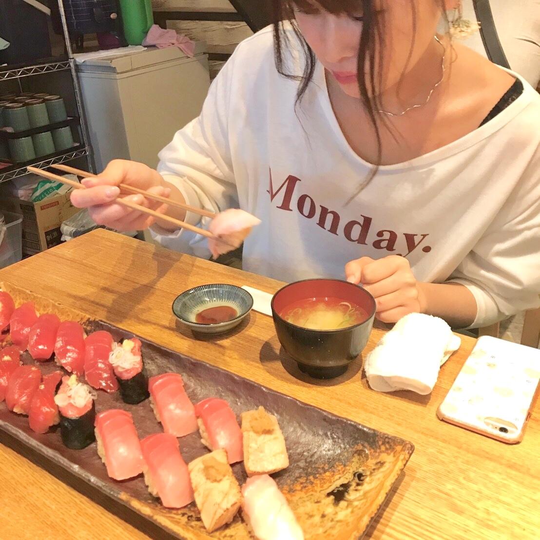 《東京女子旅-築地-》まだまだ盛り上がる築地で赤身から大トロまでまぐろ20貫!_4