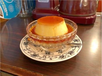 《 東京 》レトロな喫茶店『 ヘッケルン 』で頂く、昔ながらのビッグプリンが絶品♡♡