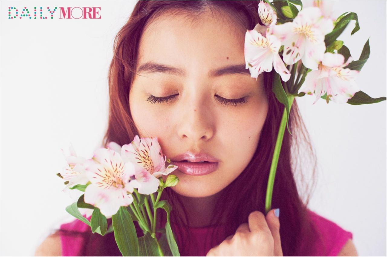 春のまぶたは『THREE』のベージュピンクを♡ 大人のための「ピンクメイク」のトリセツ_1