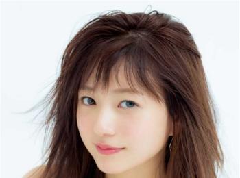 美肌な人の秘密は化粧水にあった! タレント・伊藤千晃さんの「化粧水使い分け術」