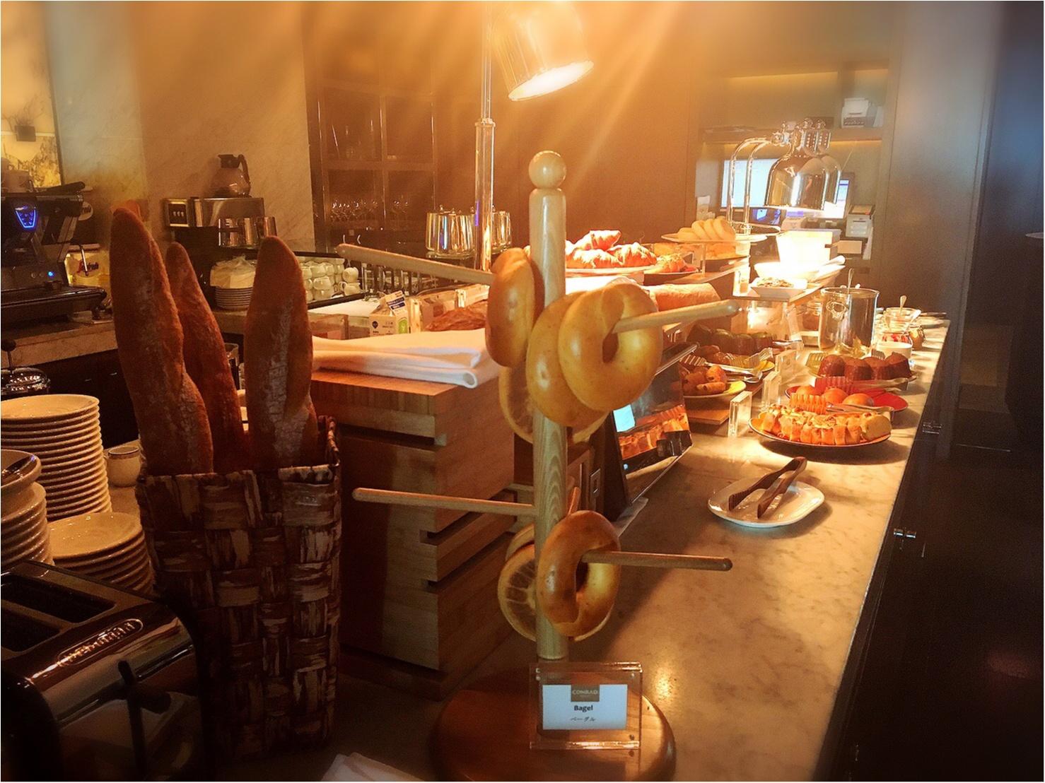 平日お休みをとっていこう!コンラッド東京の朝食ビュッフェが最高。4347円→3500円で♡_17