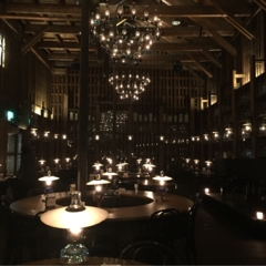 【小樽カフェ】石油ランプが灯る幻想的な世界へ!!