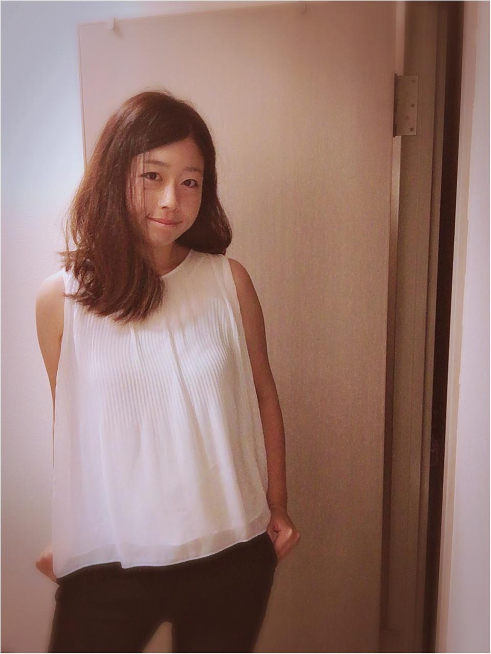 黒✖白✖グレーのバランスコーデで痩せ見え_4