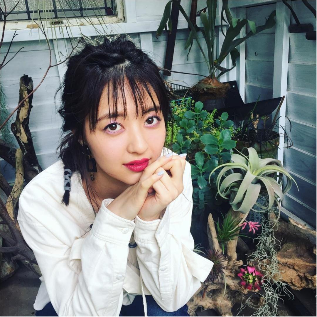 逢沢りなちゃんのピンクの目元が可愛くて♡【MORE9月号 撮影オフショット】_1