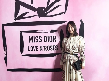 「MISS DIOR LOVE N'ROSES ミス ディオール展覧会」オープニングイベントで、鈴木友菜ちゃんを発見!