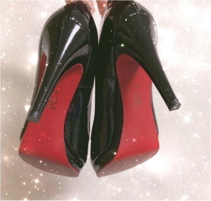 【Fashion】女性なら1足は持っていたい、どんな時でも使えるベーシック黒パンプス_2