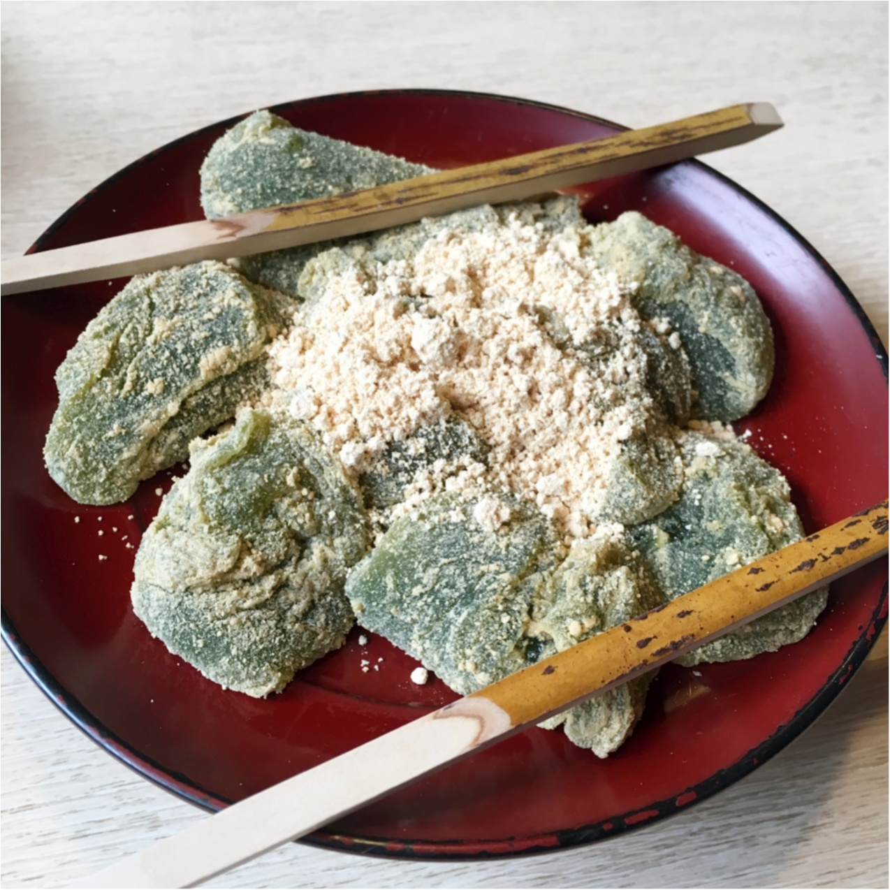 プルプルとろける食感♡ 京都で人気の《 草わらびもち 》はいかがですか?_2