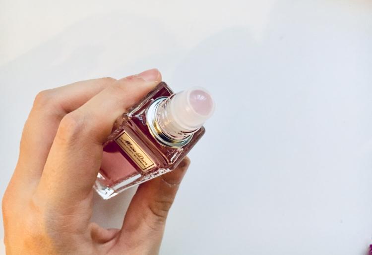 "【Dior】ロールオンタイプだからいつでもレディな香りに♪ ""Miss Dior""が引き出すしなやかさに注目♡_3"