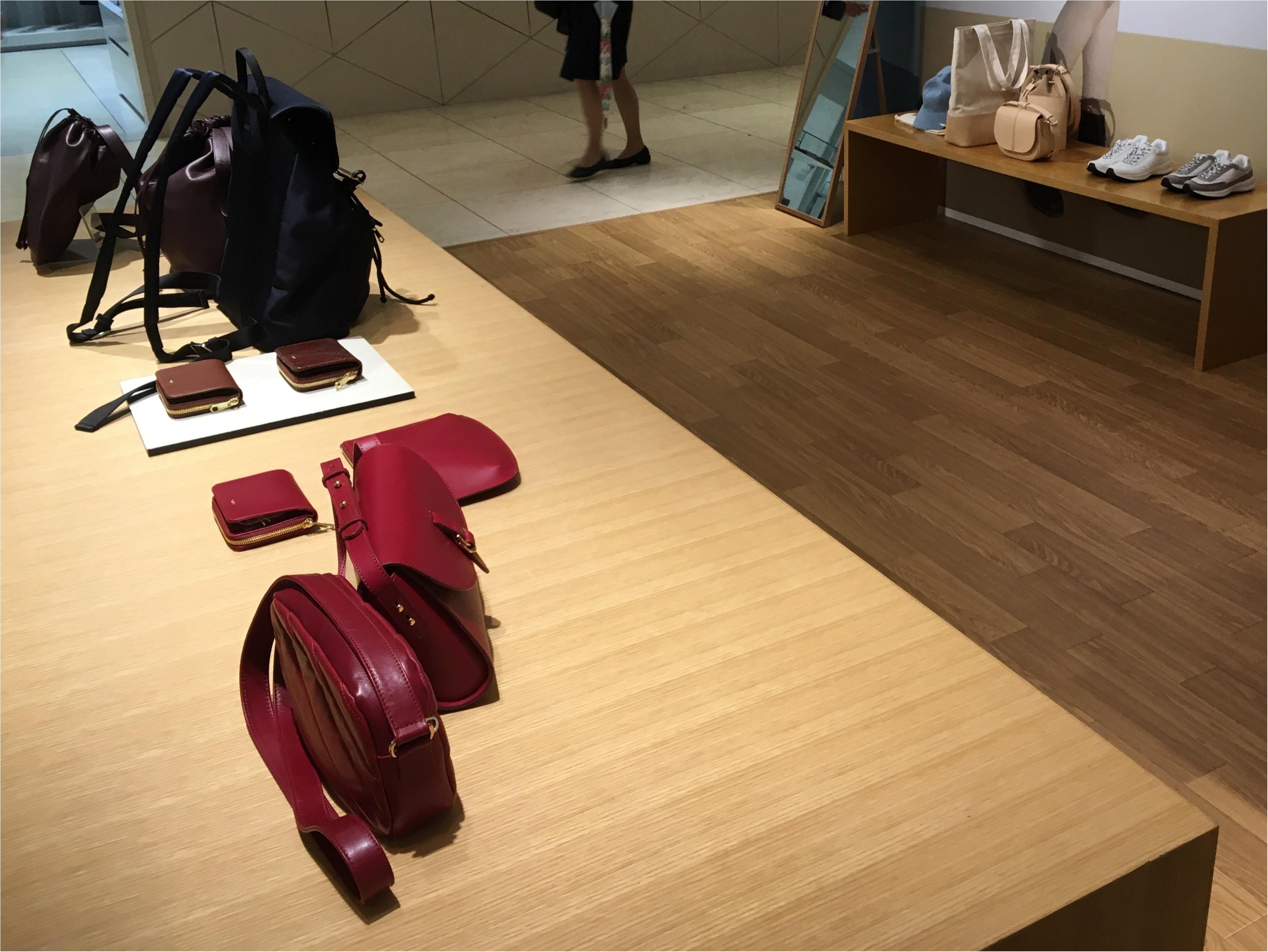 【今日から♡】A.P.C.限定バッグ&ウォレットが新宿タカシマヤで発売開始‼︎_3