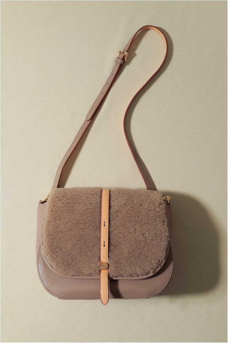 お仕事ガールのバッグは「可愛い・使える・毎日持てる」10