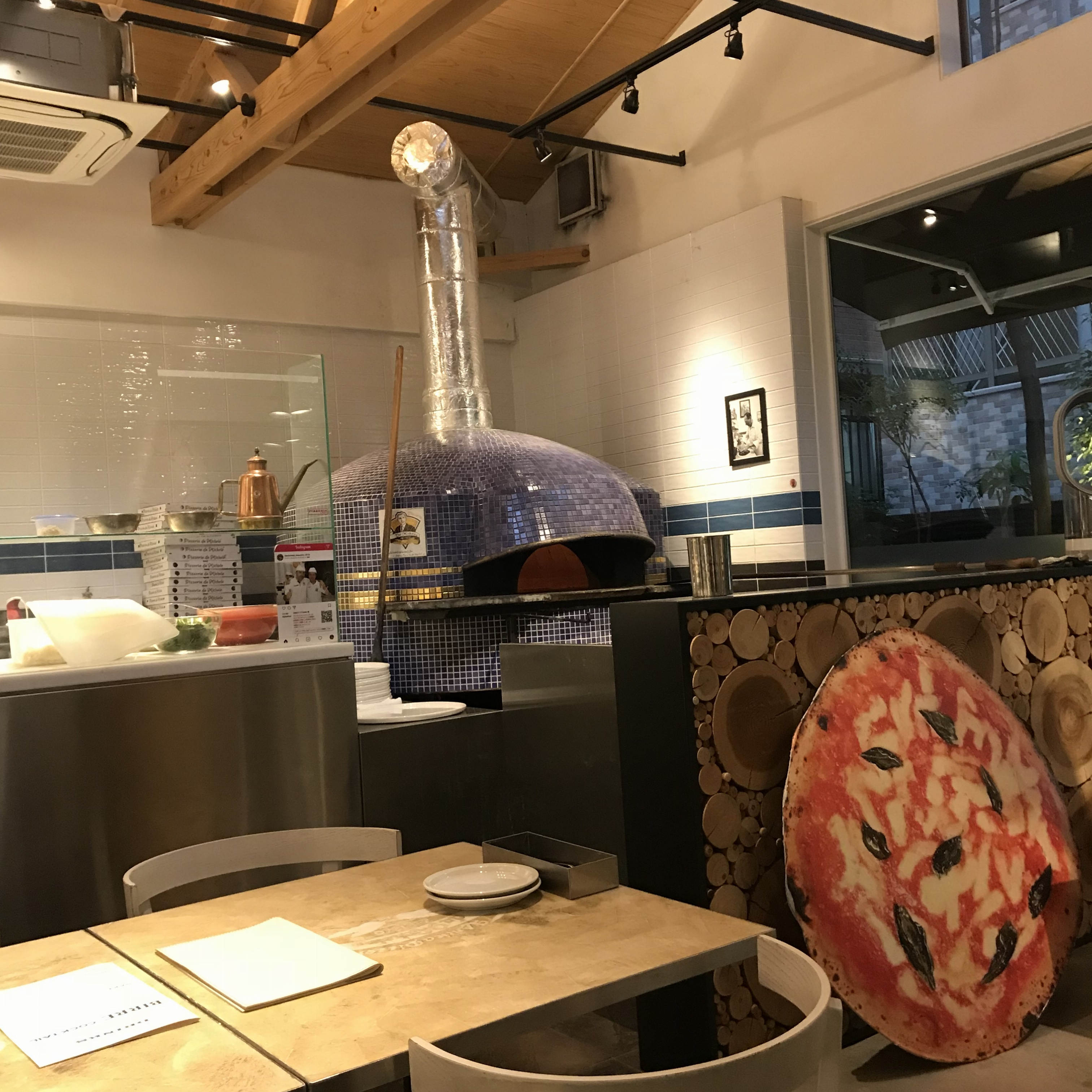 【グルメ】あのジュリア・ロバーツも食べた?!ナポリで行列の出来る有名店の第3号店が福岡に♡_1