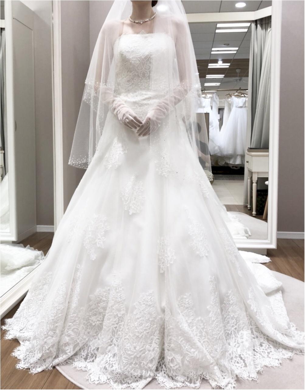 卒花さんに聞く【ドレス特集】-  結婚式・二次会におすすめ! プレ花嫁さんに人気のおしゃれなウェディングドレスは?_44