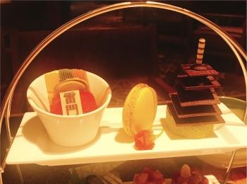 【アフタヌーンティー】雷門がかわいいお菓子に!浅草で和スイーツを♡
