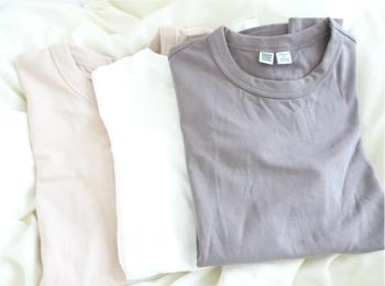 コレクション化しつつある【UniqloU】のシンプルTシャツ。ヘビロテしているカラーはこれ♡
