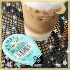 ☺︎♡小腹が空いた時にも◎、ミルクたっぷりコンビニのカフェラテ♡新発売!!限定だらけのシロップも✨