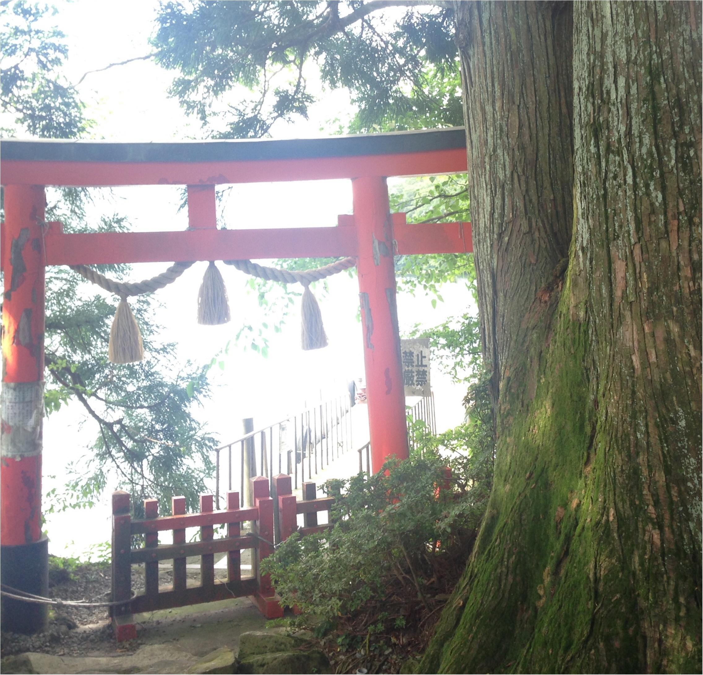 いざ、参らん!箱根のパワースポット。縁結びの神&富士山の美味しい湧き水もタダで❤️_8