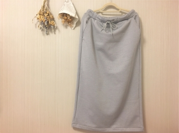【PLST(プラステ)】これからの季節にぴったりなタイトスカートを話題のブランドで!