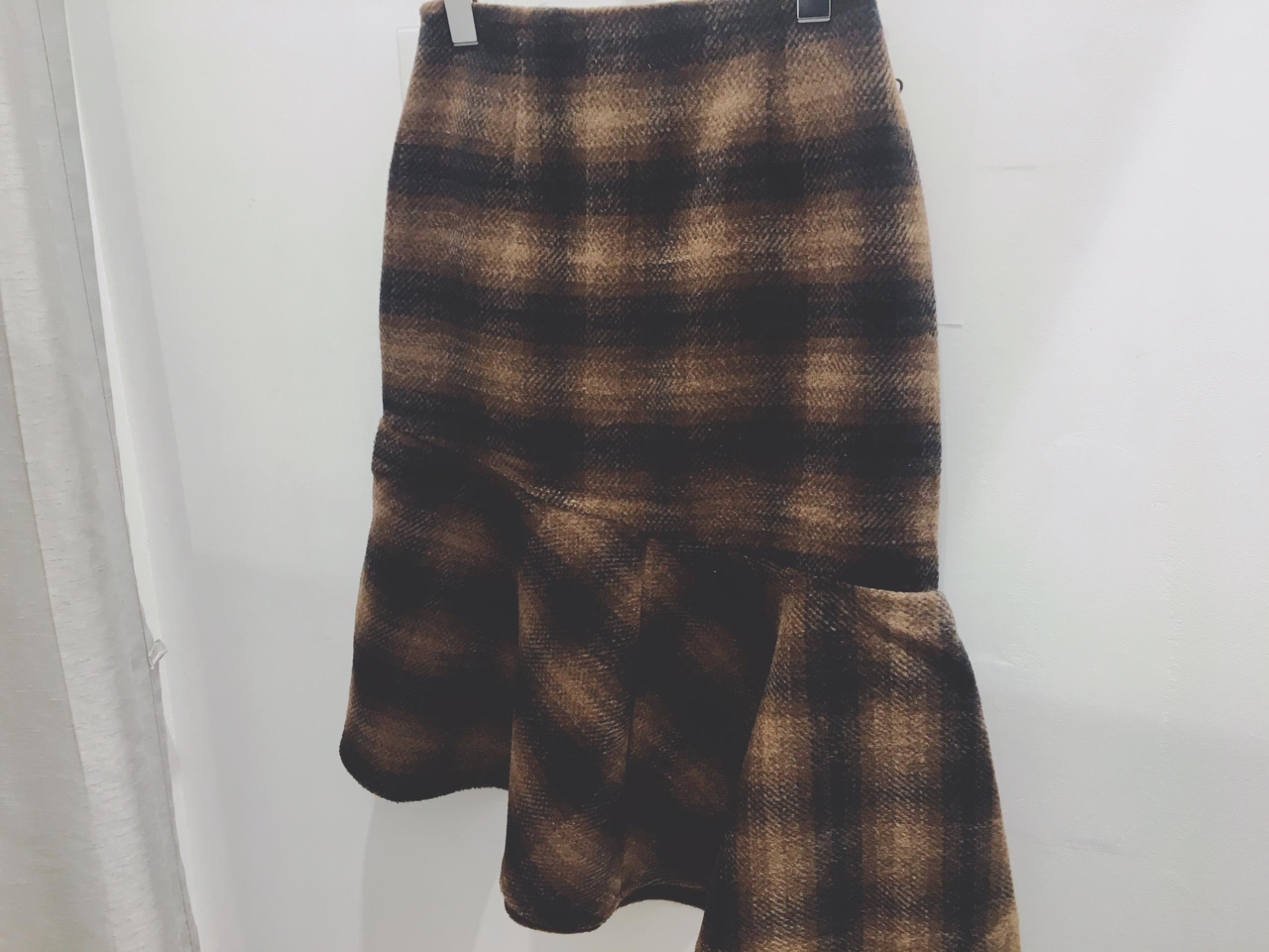 【GU(ジーユー)】嘘でしょ、、冬素材のマーメイドスカートが190円+税_1