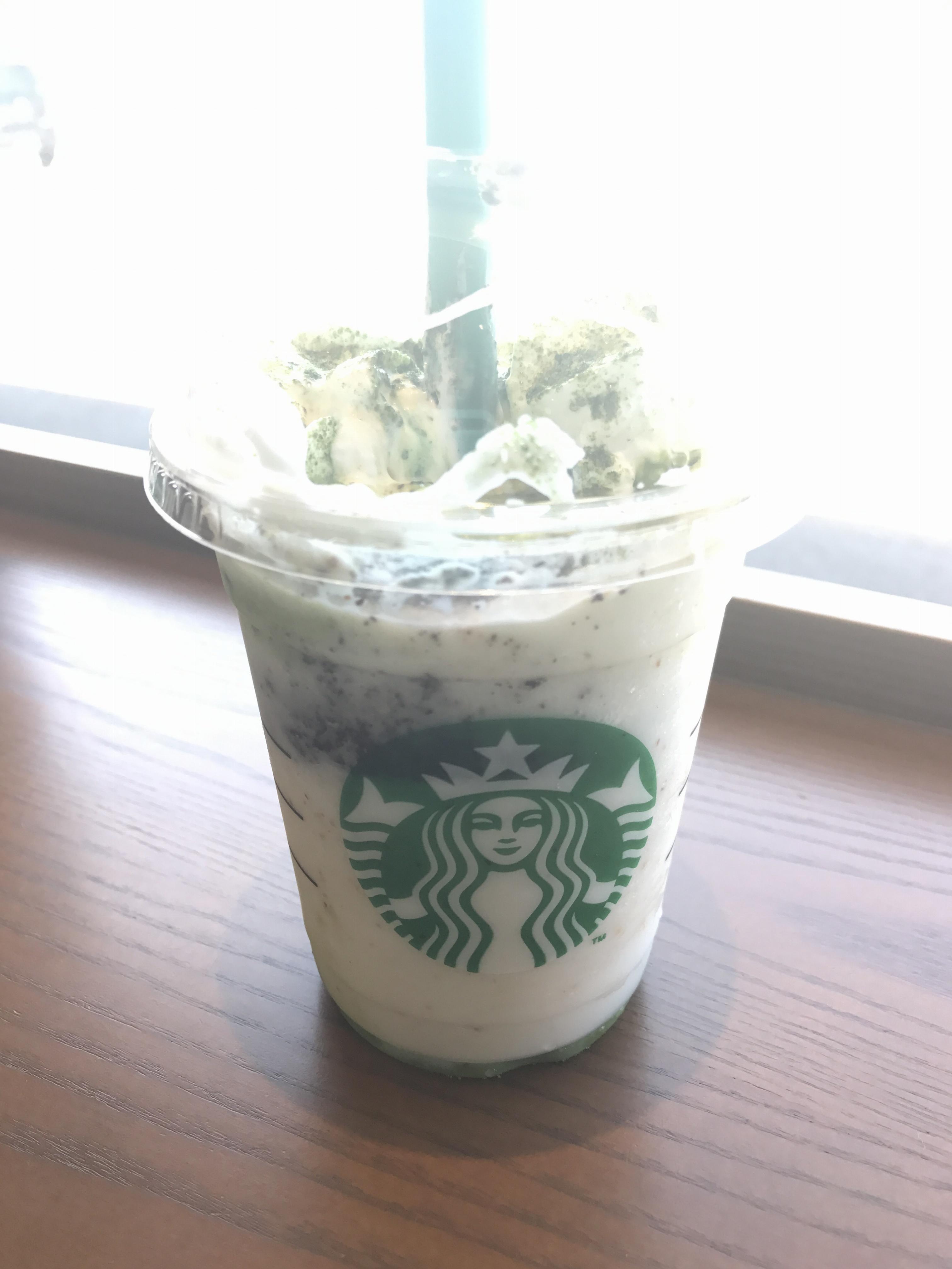 【スタバ】新作チョコレートケーキトップフラペチーノwith抹茶ショットを早速カスタム♡_1