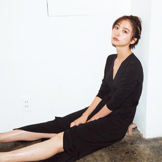 おしゃれプロの「買ってよかった服」。篠田麻里子&人気スタイリストの場合_1