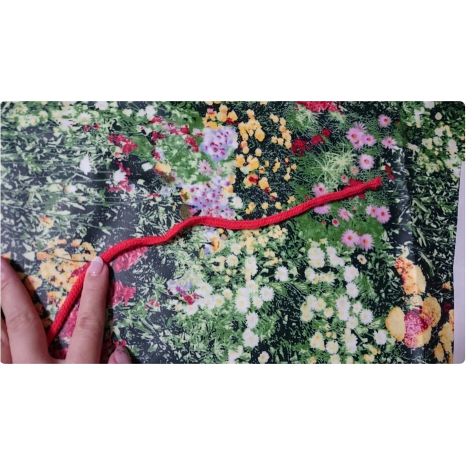 【材料費たったの300円】前撮りグッズ定番!?赤い糸プロップスのつくり方♡_4