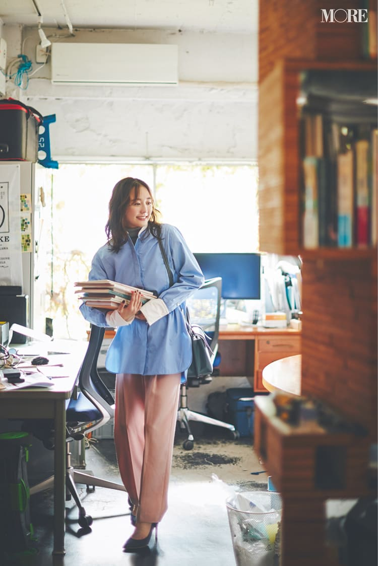 【2020】冬のオフィスカジュアル特集 - ユニクロなど20代女性におすすめの人気ブランドの最新コーデまとめ_54