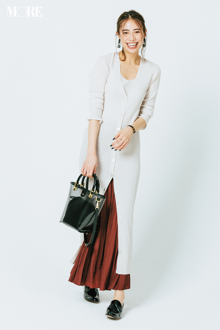 ベージュコーデ特集(20代後半女子向け)- 春におすすめのワンピースやスカート、靴などのコーディネートまとめ_19