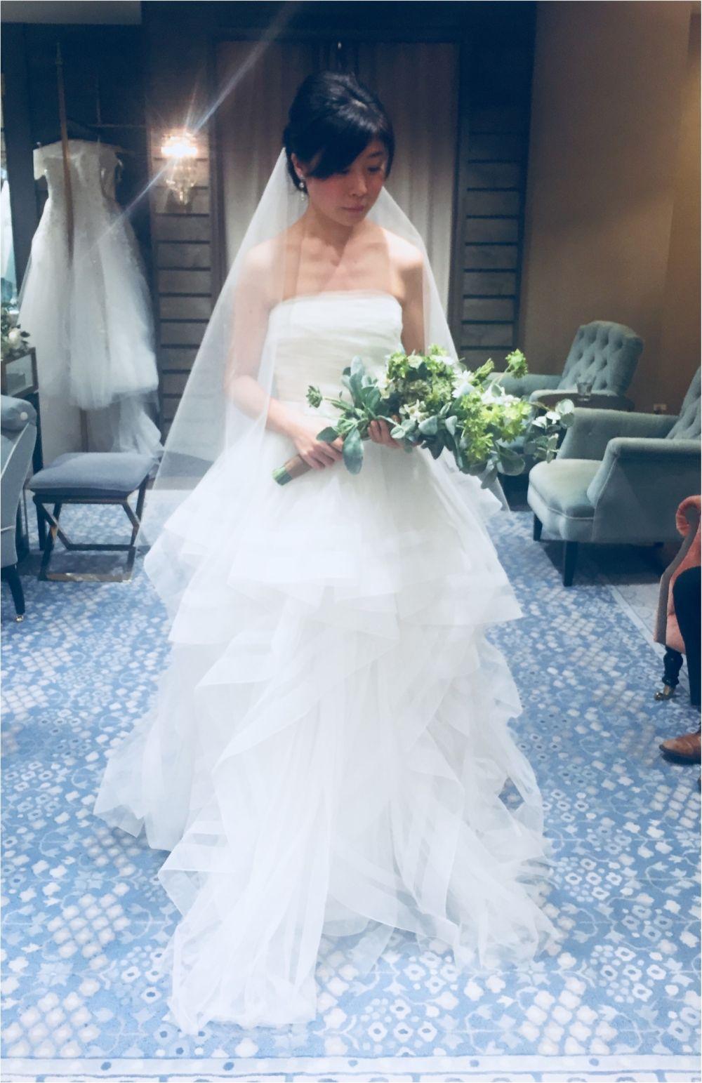 卒花さんに聞く【ドレス特集】-  結婚式・二次会におすすめ! プレ花嫁さんに人気のおしゃれなウェディングドレスは?_28