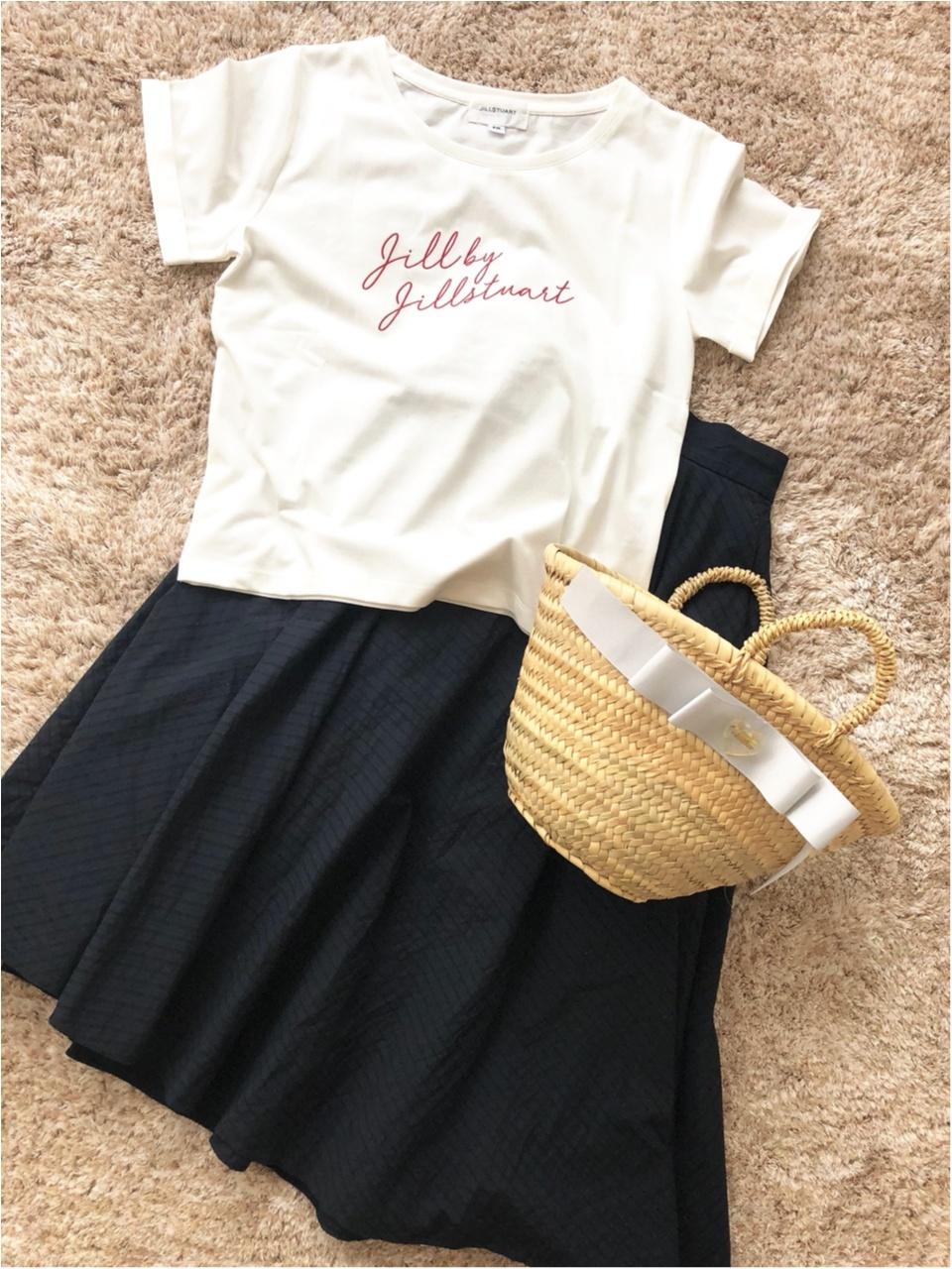 今年はシンプルロゴTシャツがキテる!夏のお出かけコーデもこれで決まり!!_3