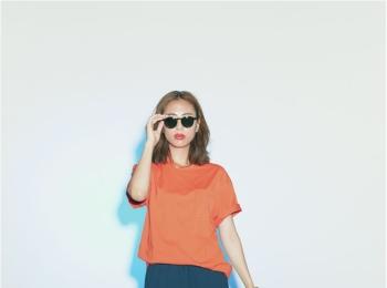 アクティブ派の【スカート×スニーカー】コーデ12選 | ファッションコーデ