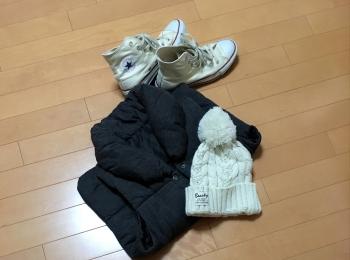 【3COINS】この冬使えるポンポン白ニット♡